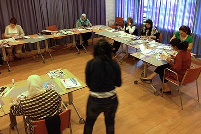 training vrouwen van niet-nederlandse afkomst in klaslokaal